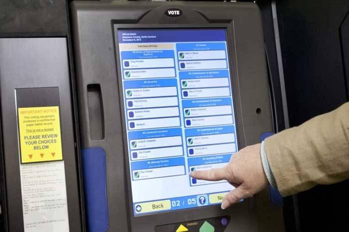 hacking-voting-machines